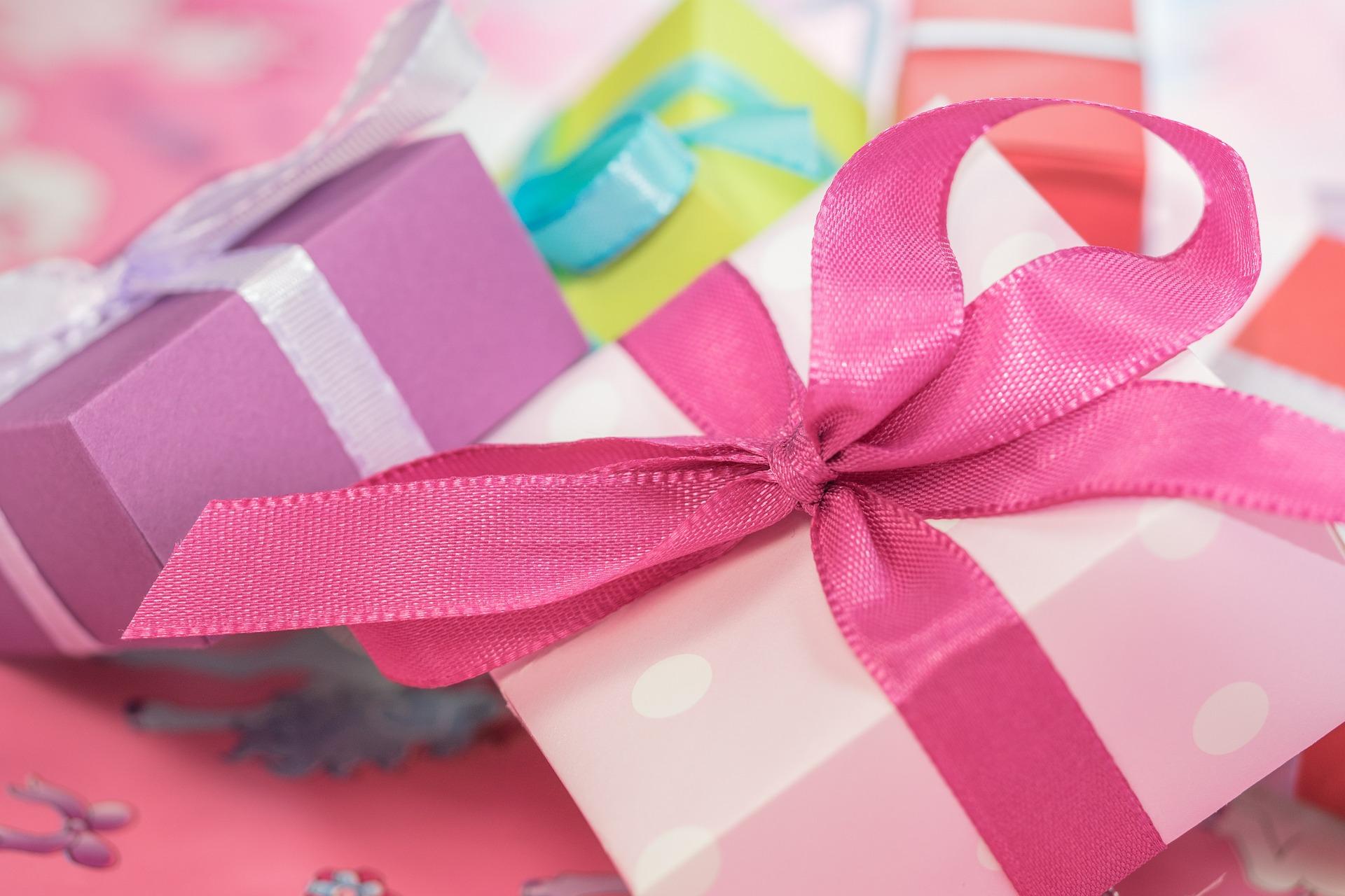 Idées de cadeaux originales pour offrir aux enfants